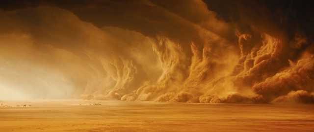 mad-max-fury-road-screenshot-san-storm-clouds