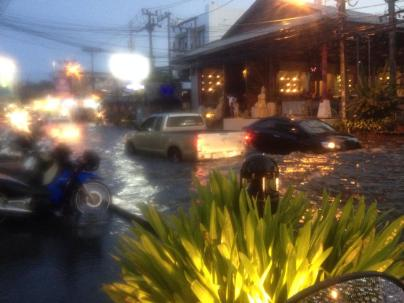 flood thailand